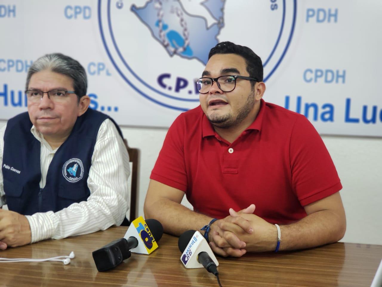 Byron Estrada denuncia allanamiento de vivienda por parte de la policía orteguista. Foto: G. Shiffman / Artículo 66