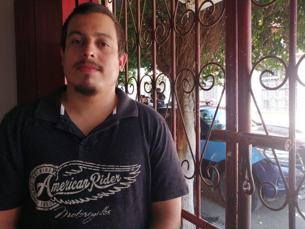 Policía orteguista asedia la casa del exreo político Santiago Fajardo en Masaya. Foto: Noel Miranda/ Artículo 66