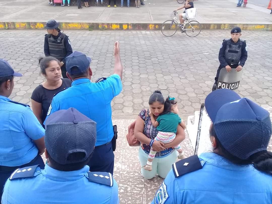 Guardia orteguista impidió la entrada de feligreses a la Parroquia San Miguel Arcángel