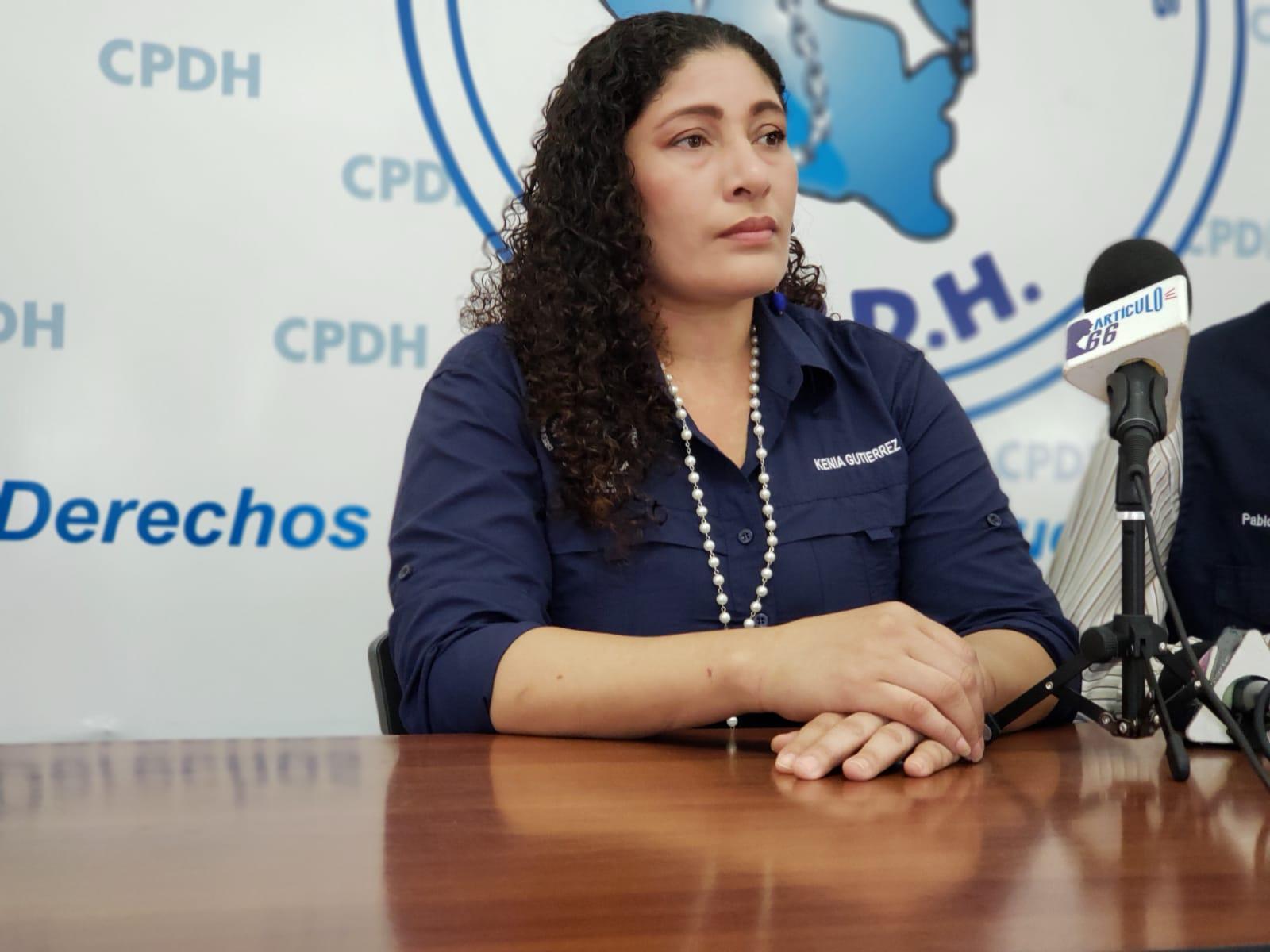 """Kenia Gutiérrez: """"en la Estación de Somotillo una oficial me agredió, me estrello contra una silla y me encerraron en una celda"""""""