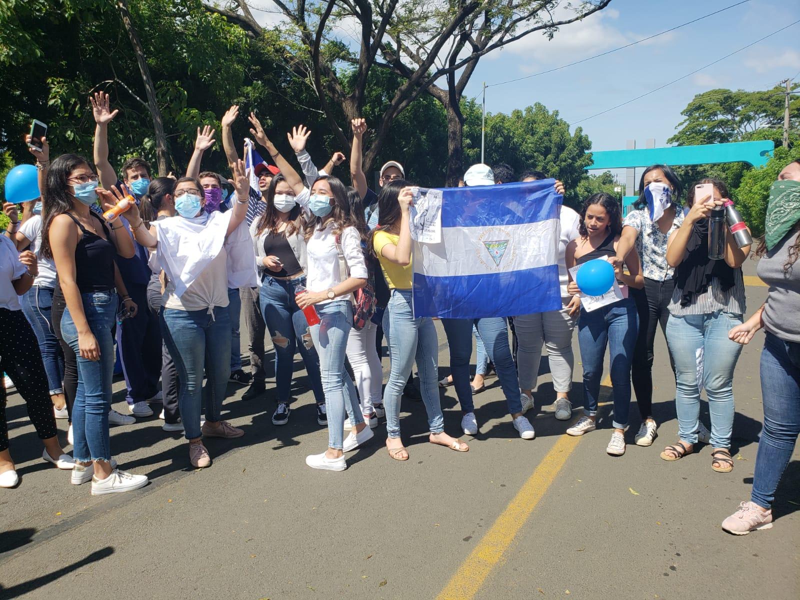 Estudiantes de la UAM demandan la libertad de todos los presos políticos y la salida de Daniel Ortega. Foto: G. Shiffman / Artículo 66