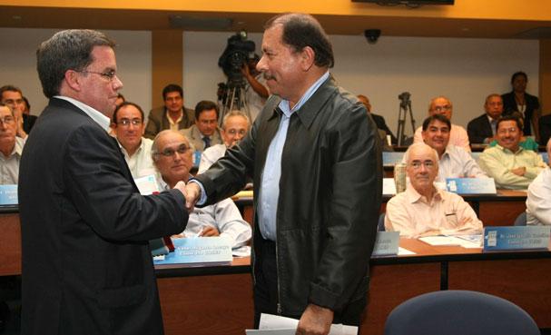 José Adán Aguerri y Daniel Ortega. Foto: La Jornada.