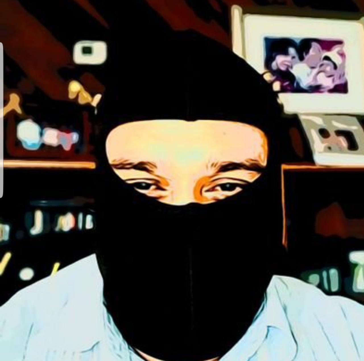 Paramilitar orteguista amenaza con «descachimbar» a los periodistas de Artículo 66