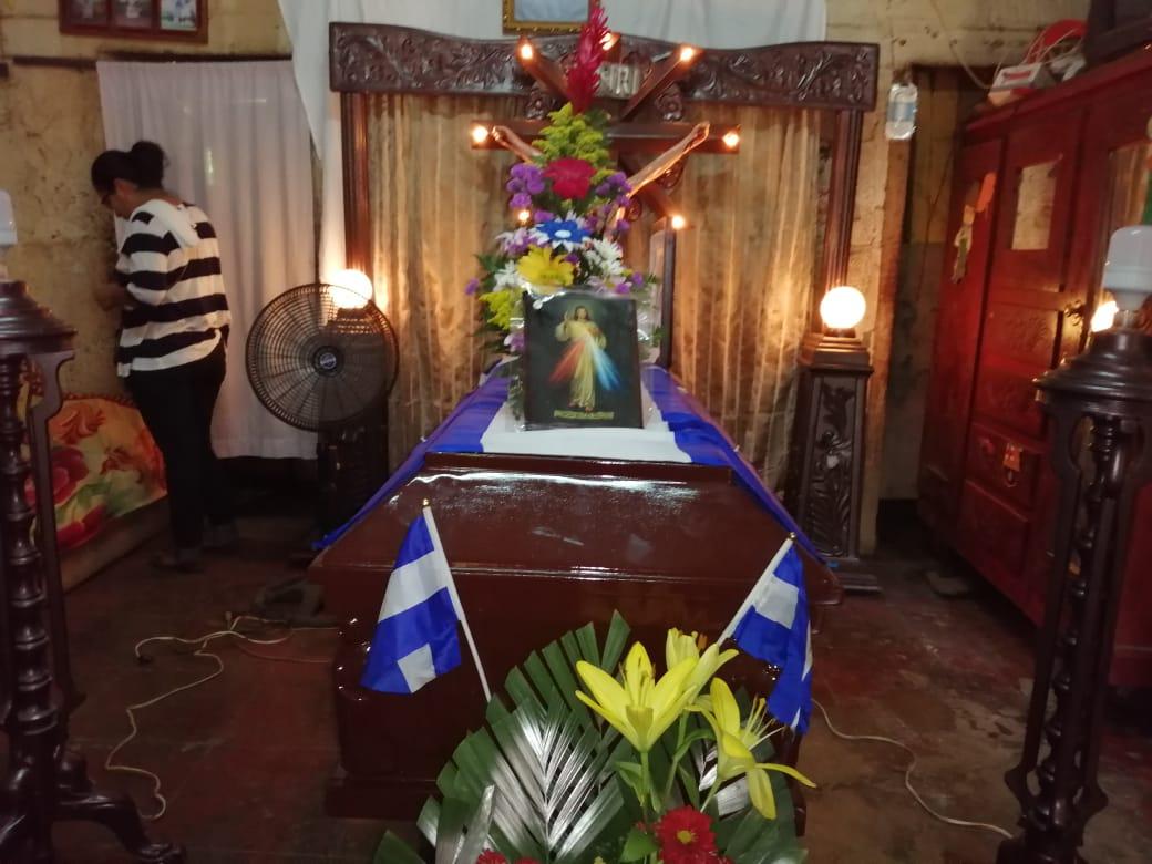 Su entierro se realizará a la una de la tarde. Foto: Noel Miranda / Artículo 66