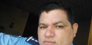 Identifican al policía que quebró el celular a un camarógrafo en Matagalpa
