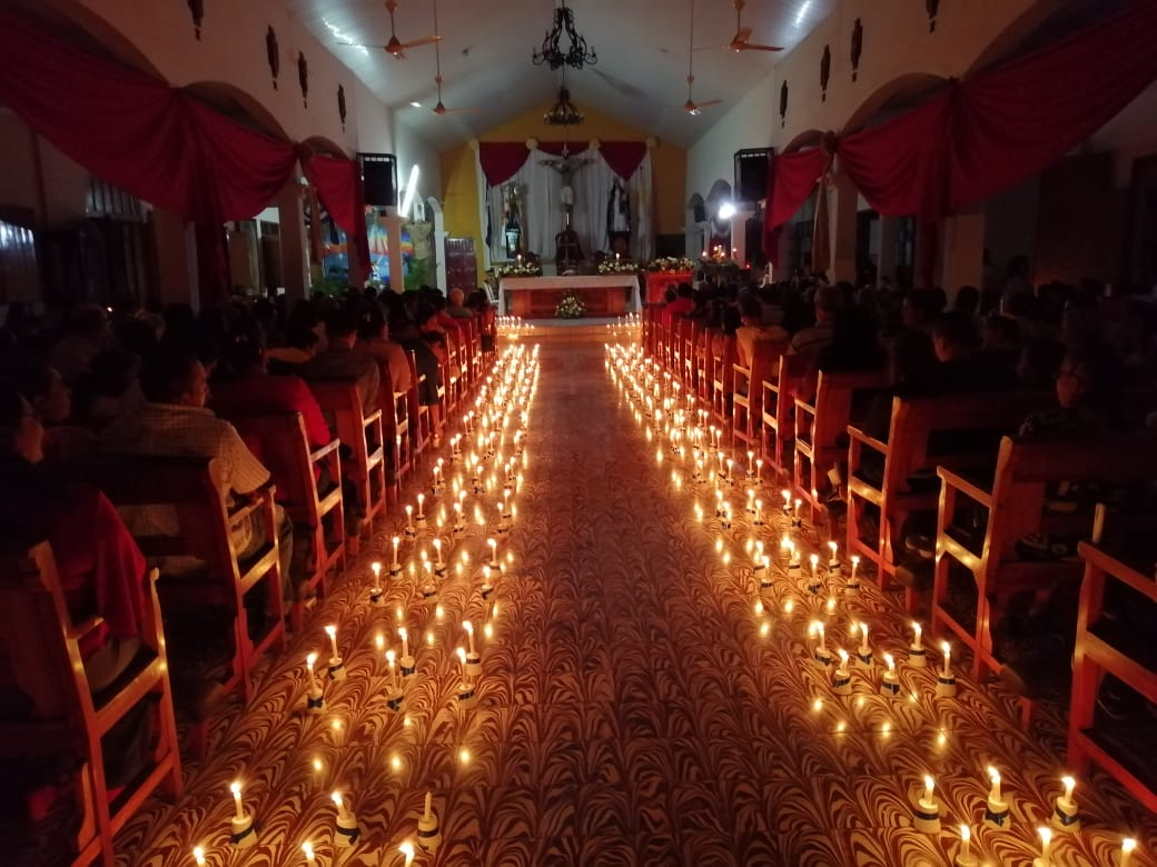Iglesia San Miguel podría alumbrarse con paneles solares ante boicot orteguista que mantiene suspendida la energía Foto: Noel Miranda/Artículo 66