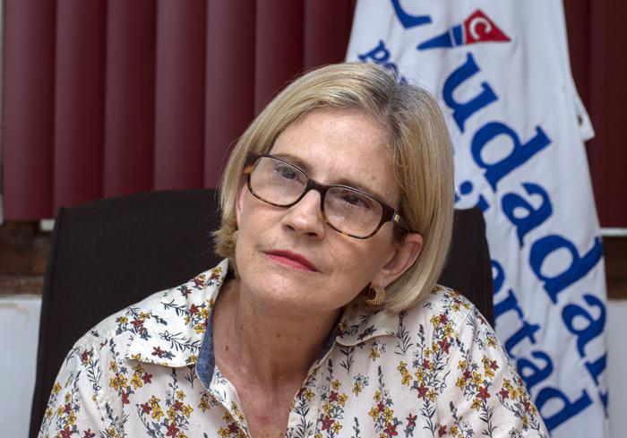Exiliados se reúnen con Comisión de Buena Voluntad y exigen que Kitty Monterrey «se defina»