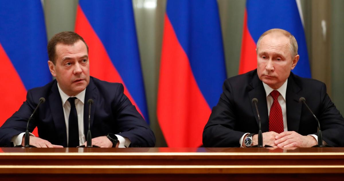 Izquierda Dmitry Medvedev, Primer Ministro junto a Vladimir Putin, hasta ahora presidente de Rusia. Foto: Tomada de la web