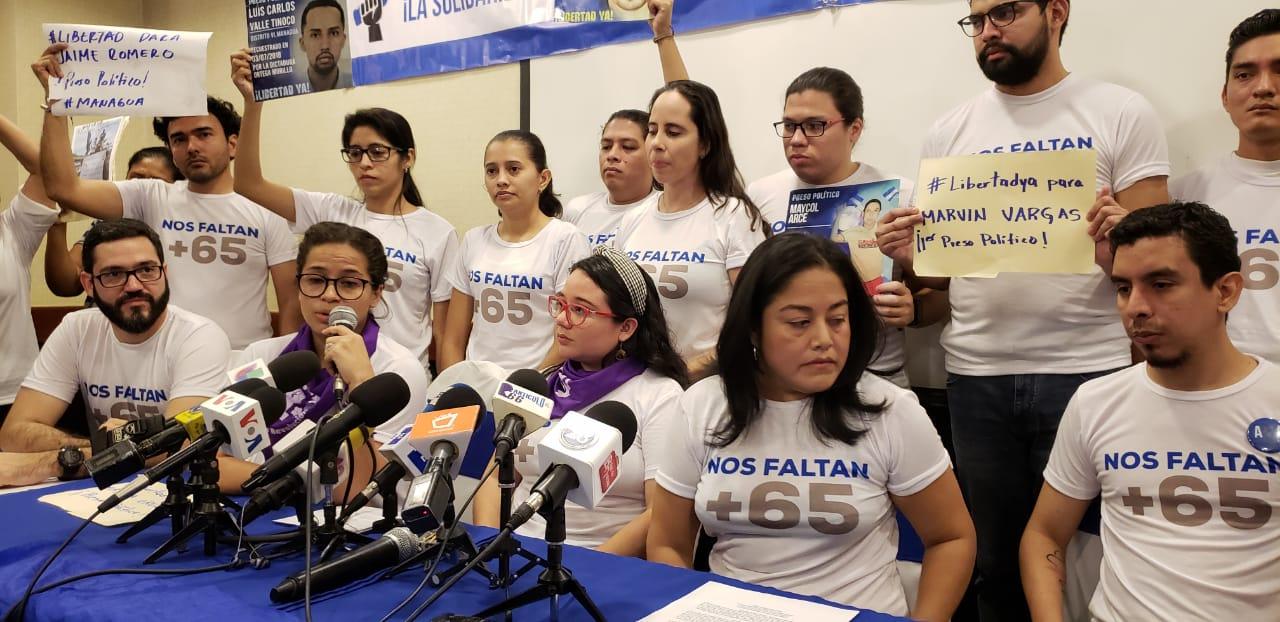 Jesús Tefel, Amaya Coppens, Olga Valle, Ivania Álvarez y Hansell Quintero presidieron la conferencia de prensa. Foto: G. Shiffman / Artículo 66
