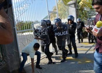 Policía Nacional agrede a más de 10 periodistas independientes de Nicaragua. Foto: La Prensa.
