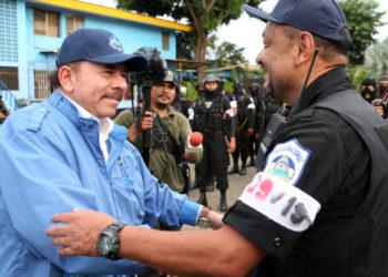 Régimen de Ortega continúa donando propiedades del Estado a la Policía y al Ejército