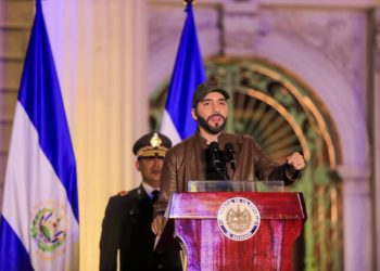 Nayib Bukele «acata órdenes» dictadas por la CSJ de abstenerse a usar las Fuerzas Armadas en contra de los fines constitucionales