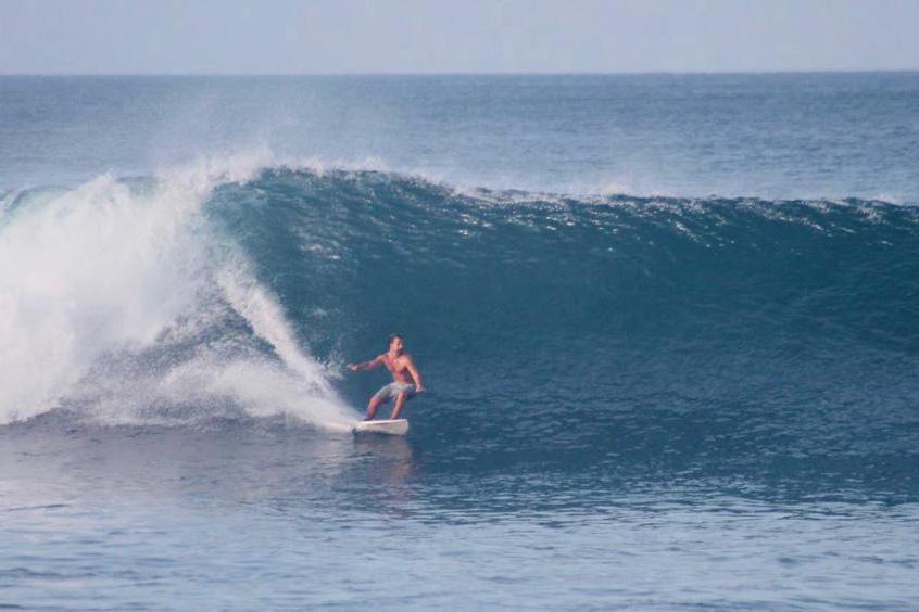 El electo presidente de Uruguay surfeando en Popoyo, Nicaragua. Foto: Cortesía / Revista Duke