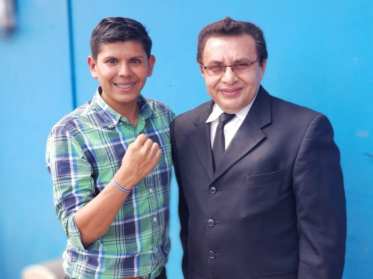 Ulises Josué Rivas y el abogado Julio Montenegro. Foto: Wilmer Benavidez/Abogados Defensores del Pueblo.