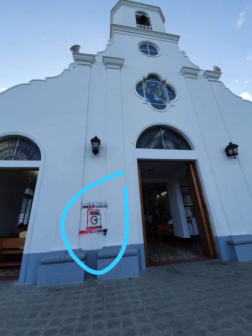 Orteguistas realizan pintas en la Parroquia Santo Domingo, Las Sierritas