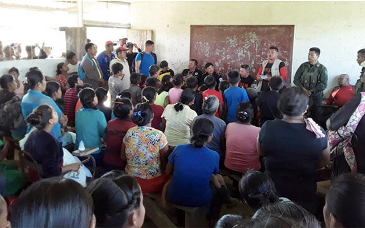 Reunión de comunitarios con autoridades del gobierno de Daniel Ortega. Foto: Cortesía