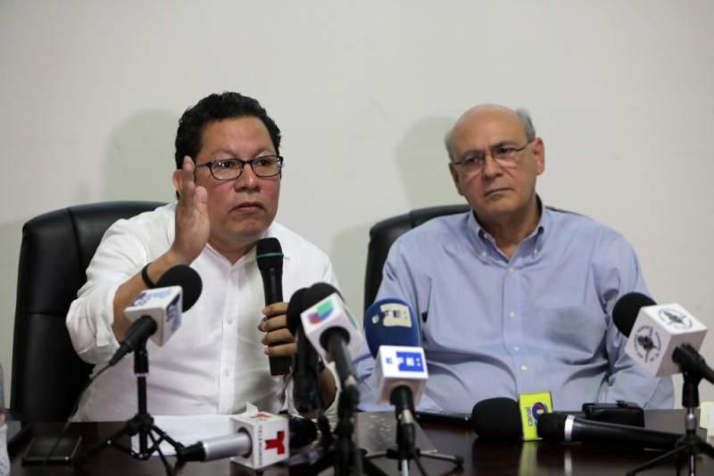 Miguel Mora y Carlos Fernando Chamorro. Foto: Tomada de Internet.