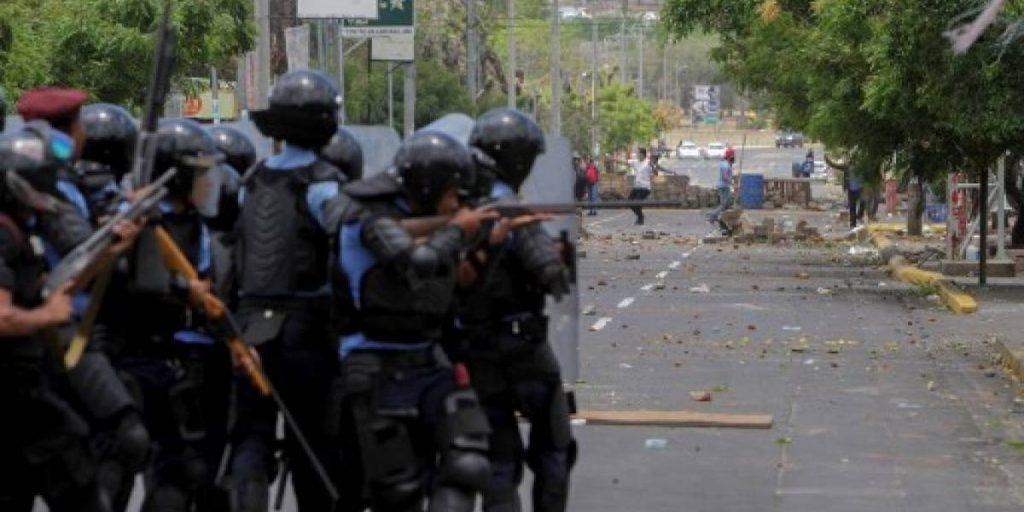 La Policía Nacional al servicio de la dictadura orteguista ha sido el brazo represor del régimen acusado de delitos de lesa humanidad. Foto: Tomada de Internet
