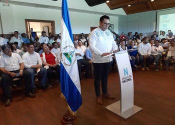 Siete indentidades políticas firman proclama por la Coalición Nacional. Foto: La Prensa.