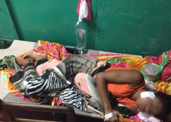 Adolescente herida de bala por colonos es dada de alta, pero necesita recursos económicos para su recuperación. Foto: Cortesía
