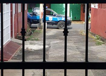 Asedian casa de la activista feminista Mirna Blandón en Managua. Foto: Cortesía