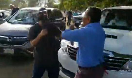 Turberos orteguistas agreden y roban a periodistas en Catedral de Managua