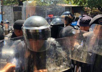 CIDH condena «asedio y violencia policial contra las mujeres», en el Día Internacional de la Mujer. Foto: Daliana Ocaña