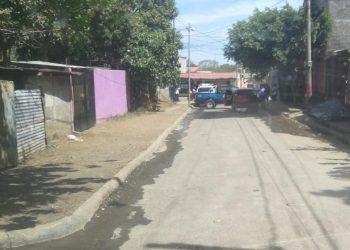 Policía orteguista hostiga desde hace cuatro mese a José Merlo, padre de un exreo político