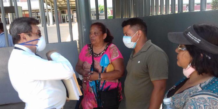 Abogados de presos políticos exigen se suspendan todos los procesos judiciales para evitar contagios del COVID-19