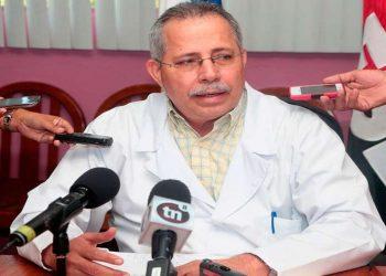 Secretario del Minsa reconoce que han realizado unas 200 pruebas de COVID-19 a casos sospechosos. Foto: Cortesía