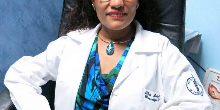 Así fue el despido de la oncóloga que combatía en primera línea el cáncer contra las mujeres. Foto: Cortesía