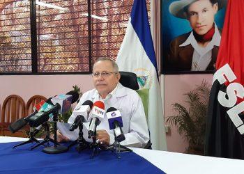 Carlos Sáenz, secretario general del Minsa, representa a la cara pública para hablar de la pandemia por parte del régimen