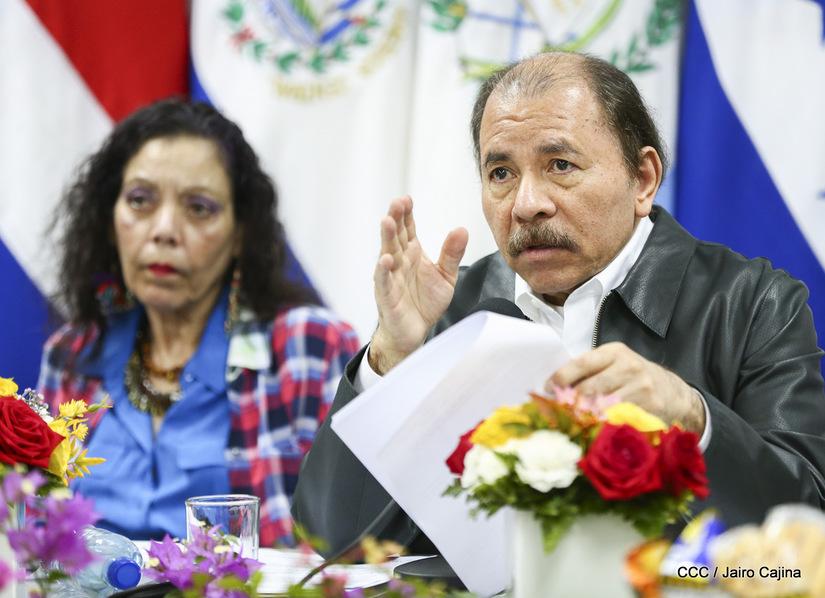 Rosario Murillo y Daniel Ortega continúan sin dar la cara después de 31 días. Foto: Medios oficialistas