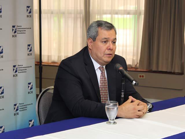 Presidente ejecutivo del BCIE, Dr. Dante Mossi. Foto: Cortesía