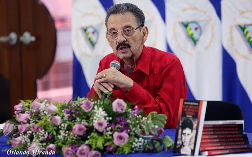 Rosario Murillo envía extraño saludo a la familia del diputado Jacinto Suárez