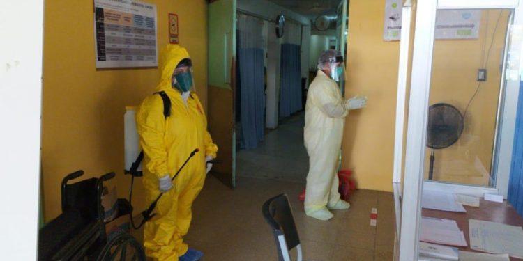 Trabajadores del Hospital Monte España, en Managua. Foto: La Prensa