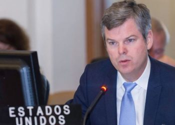 Embajador de Estados Unidos Kevin Sullivan llama a los nicaragüenses a quedarse en casa. Foto: Tomada de Despacho 505