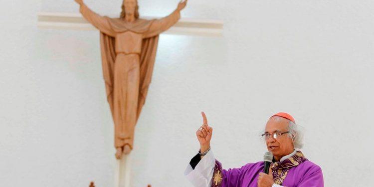 Leopoldo Brenes, arzobispo de Managua, celebrando una misa de Cuaresma en Catedral Metropolitana de Managua. Foto/Archivo/Cortesía: Bismarck Picado