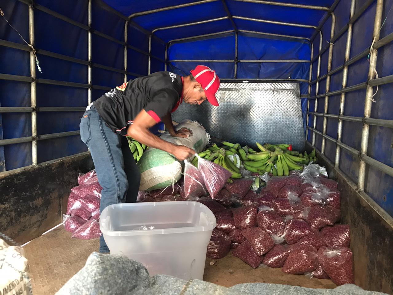 Movimiento Campesino comparte alimentos con nicaragüenses exiliados en Costa Rica. Foto: Gerall Chávez/Nicaragua Actual