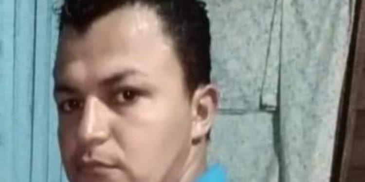 Policía de la dictadura secuestra a joven de Masaya cuando salía de su centro de trabajo