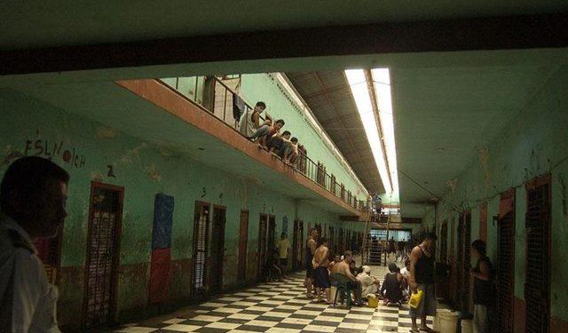 Exreos políticos denuncian insalubridad en los calabozos de la dictadura. Foto: Cortesía