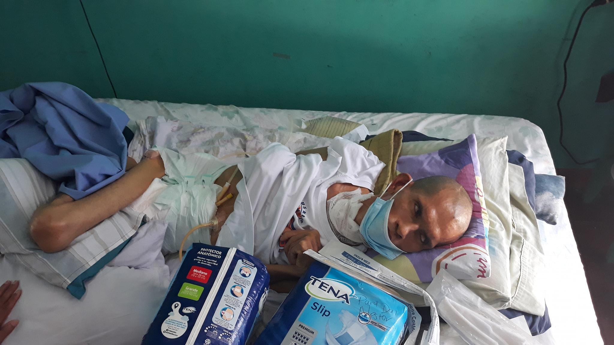 A dos años del ataque por paramilitares, Néstor Sotelo se encuentra parapléjico y en estado vegetal. Foto: Artículo 66 / Cortesía