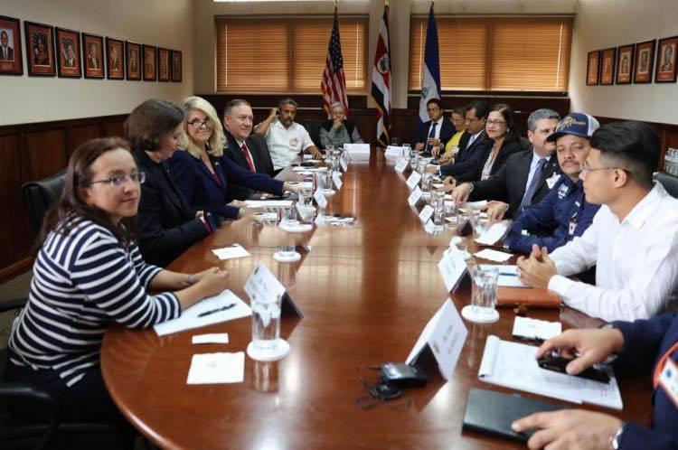 Mike Pompeo sostuvo una reunión con los representantes de la UNAB y Alianza Cívica. Foto: Cortesía