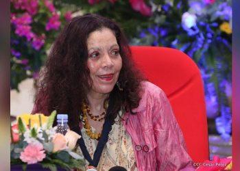 Rosario Murillo usa la violencia contra las mujeres para enviar amenaza a analistas