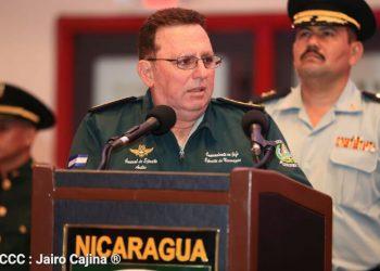 ¿Debe ser sustituido de su cargo el general Avilés para evitar sanciones al Ejército? Esto dicen analistas. Foto: Cortesía