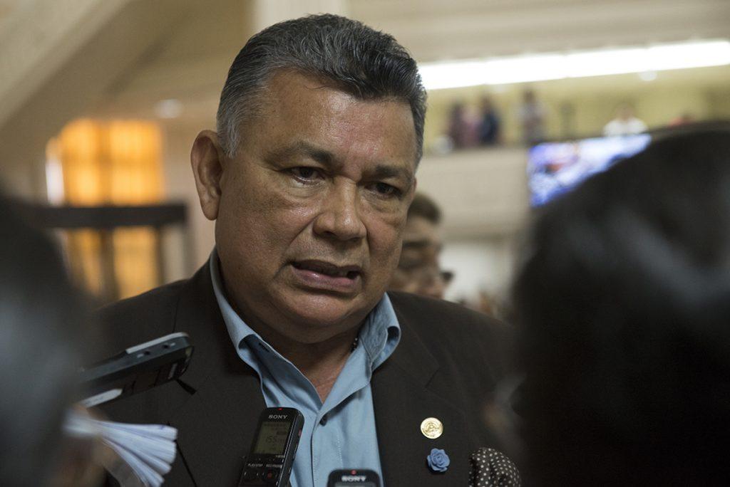 Exsomocista Wilfredo Navarro abandera discurso de Rosario Murillo para despotricar contra medios de comunicación. Foto: Tomada de Internet