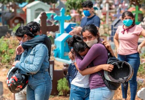 Minsa camufla el contagio comunitario de casos por COVID-19. Foto: AFP