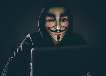 Anonymous también tumba las webs del Minsa y el Poder Judicial