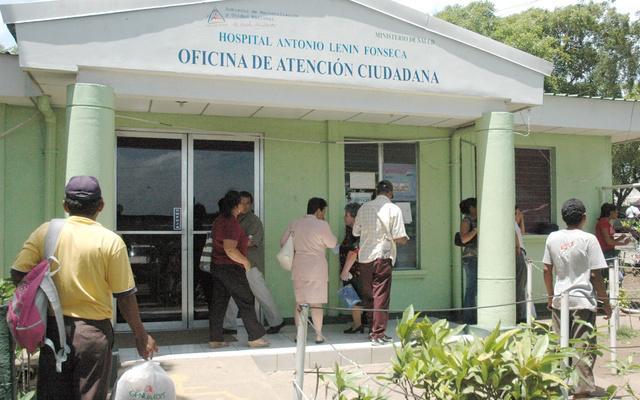 Una docena de médicos del Lenín Fonseca dados de baja por contagio de Covid-19