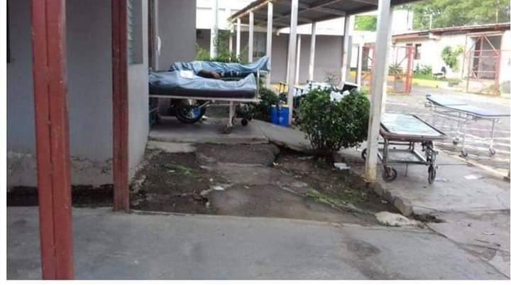 Morgue del Hospital Alemán Nicaragüense está «colapsada» con muertos por COVID-19. Foto: Cortesía.